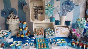 Mesa Azul con globos I